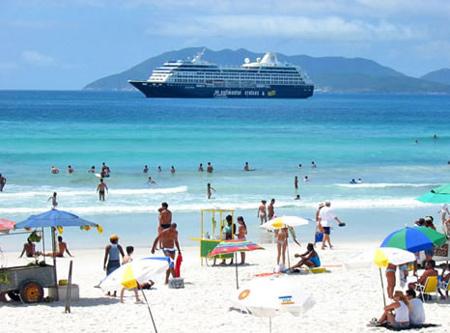 http://www.brasilazul.com.br/imagensBAZ/RJ-Cabo-Frio-Praia-do-Fort.jpg